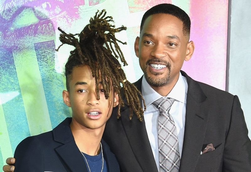 Will Smith coupe les cheveux de son fils !