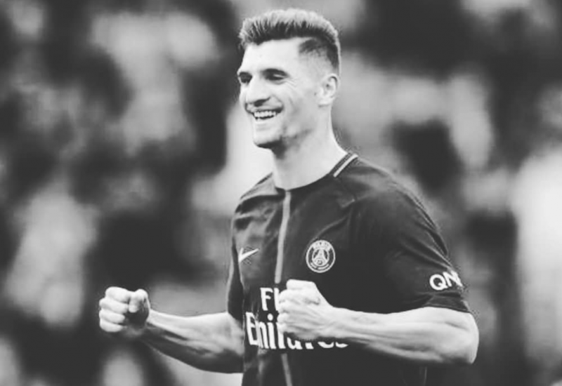 Thomas Meunier tacle des supporters du Paris Saint-Germain